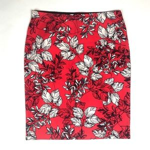 Ann Taylor Skirts - Ann Taylor size Large stretch Floral Pencil Skirt